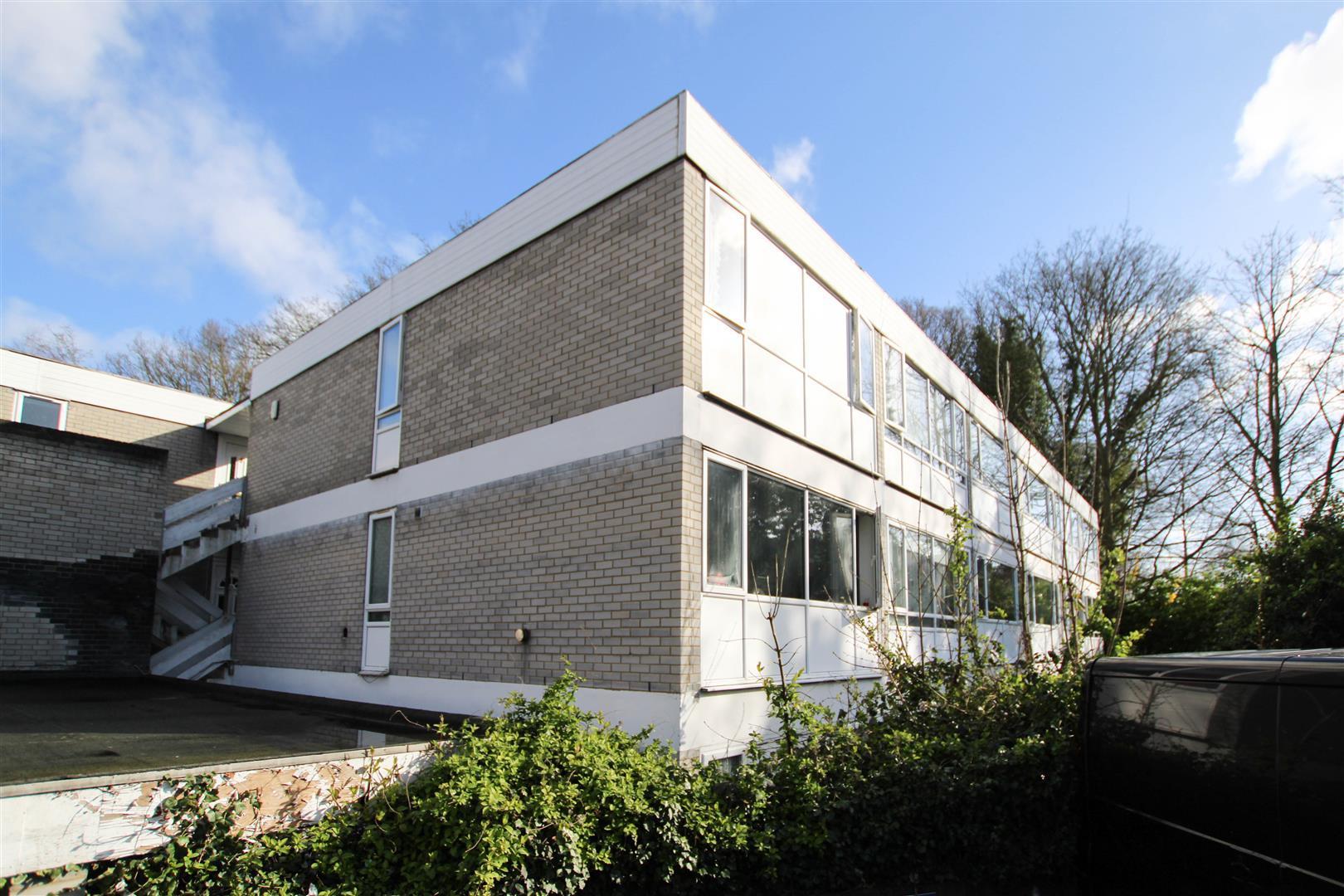 Cameron Close, Warley, Brentwood